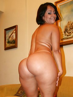 Big booty chubby shemale galleries